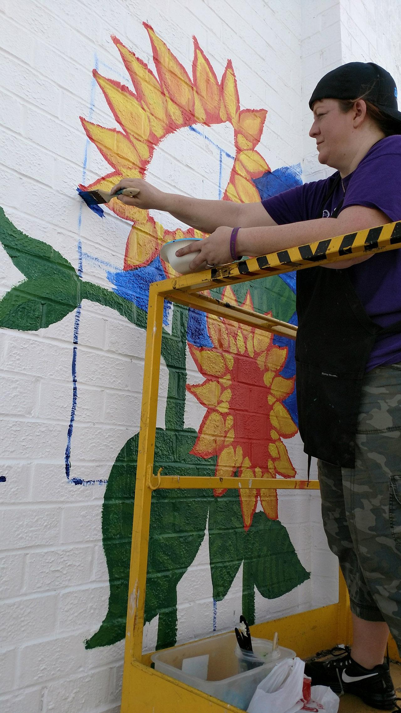 Sunflowers-Mural-Brenda-Kato003
