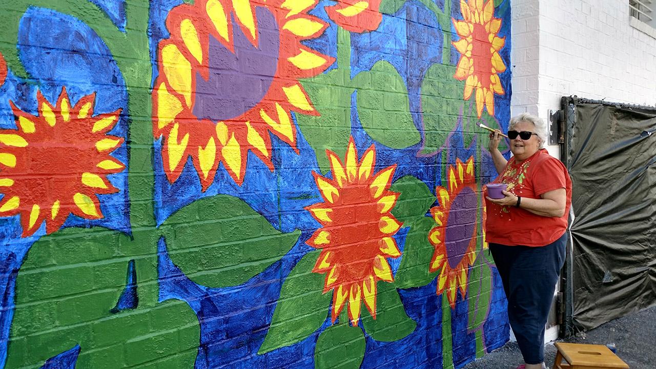 Sunflowers-Mural-Brenda-Kato021